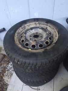 4 Winter Tires on Rims - 185/70/R14