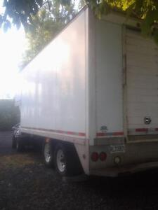 trailer / fifth-wheel