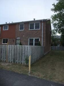 3 Rooms to Rent Belleville Belleville Area image 1