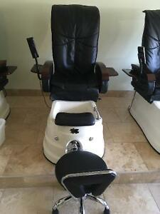 Pedicure chair kijiji free classifieds in edmonton find a job buy a car find a house or - Massage chairs edmonton ...