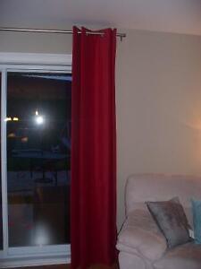 6 rideaux rouges velour 94'' longueur x 54'' largeur Ikea