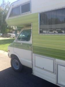 Vintage motor home in excellent condition