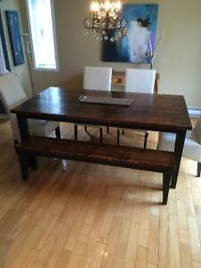 Rustic Dining Table and Bench - Table à Diner