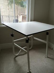 Drafting table kijiji free classifieds in london find for Furniture jobs london