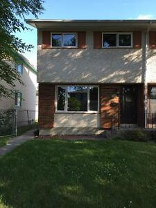 GREAT SOUTH OSBORNE LOCATION AVAILABLE SEPT 1 (3 BR 1 BATH SxS)
