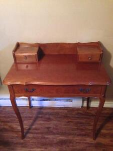 Antique lady's desk