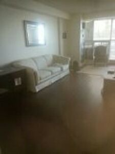 Harbour Sq - 1 Bdrm Furnished, Lakeview New Hardwood $2000 Dec.