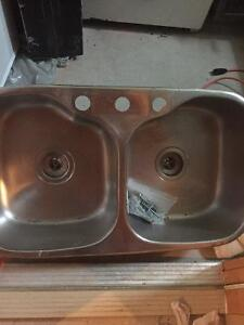 Double sink with fittings