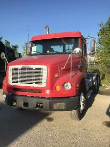 Freight liner 2003 Day cab for sale