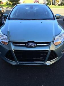 Fully Loaded 2012 Ford Focus SEL Sedan including snow tires