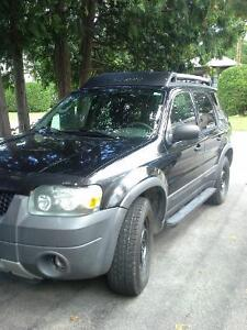 2005 Ford Escape black SUV, Crossover