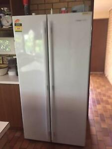 two door Westinghouse fridge freezer Cleveland Redland Area Preview