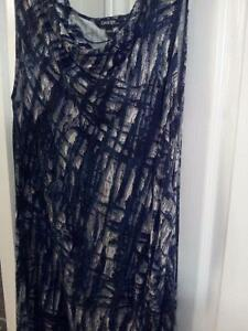 Dress, new but no tags, Green/grey/black, very nice Size M Kitchener / Waterloo Kitchener Area image 2