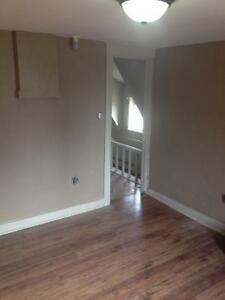 2-3 rooms for rent - Oxford county Paris woodstock brantford