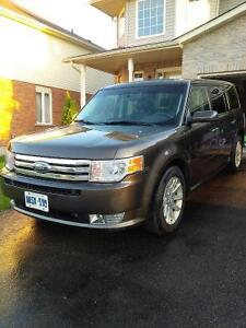 2011 Ford Flex brown SUV, Crossover