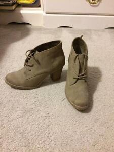 Grey boots Old Navy
