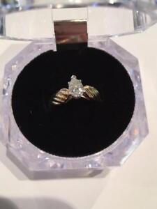 #1134 14K BEAUTIFUL DIAMOND RING VVS2