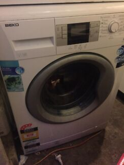 Beko 7.5 kg front loader rrp $900 , has error code