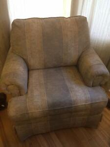 Set Loveseat and Couch chair