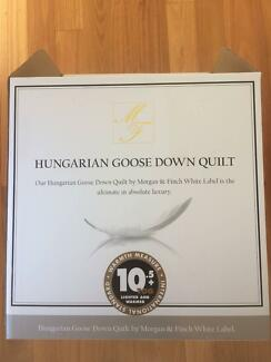 MORGAN & FINCH HUNGARIAN GOOSE DOWN QUILT SUPER KING