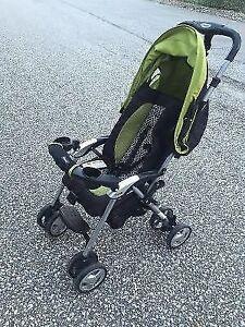 Combi lightweight travel stroller