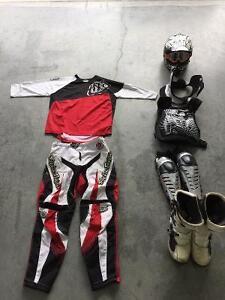 Équipement complet motocross (fox,thor,Troy lee design)