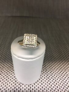 Sparkly 9ct square Diamond dress ring - size K Logan Central Logan Area Preview