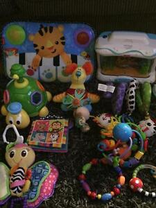Baby toys, 0-6 months