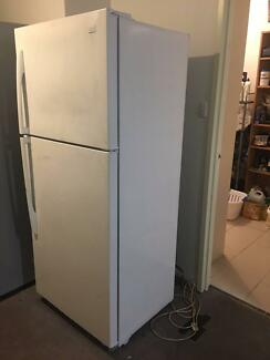 LG fridge freezer $250firm PLEASE READ THE AD