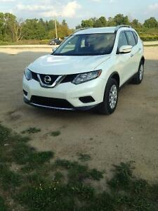 $2000 Cash incentive 2015 Nissan Rogue S AWD