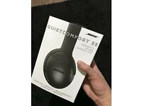 Bose QC35 headphones wireless and noise cancelling