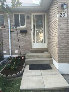 Townhouse in Stoney Creek - LOWER PRICE