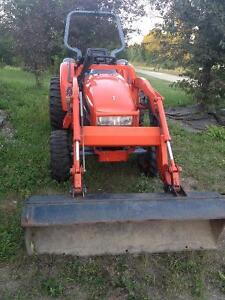 "Kioti CK 25 With KL130 loader, brush hog and 67"" snow blower"