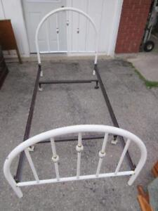 SINGLE BED FRAME WITH DECORATIVE METAL HEAD AND FOOT BOARD