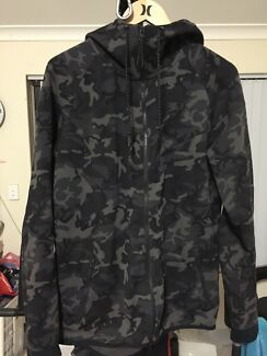 Nike tech fleece camo jacket hoodie size L mens
