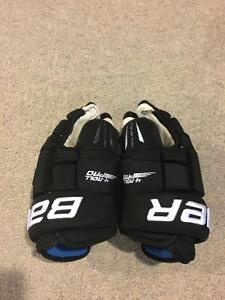 "Bauer 4 Roll Pro Gloves- Black 13"" Cambridge Kitchener Area image 3"