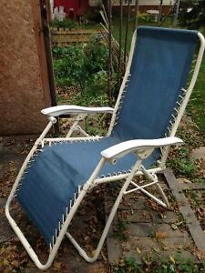 Variety of lawn chairs London Ontario image 3