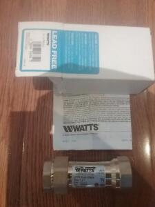 New in box Watts brass dual check valve (LFR7) 1 inch to 1 inch