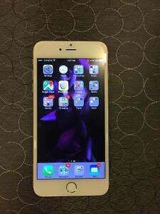 Like new IPhone 6 Plus 64gb Rogers, silver