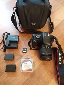 Canon EOS 1100D / Rebel T3 with lens and camera bag