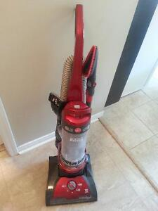 Hoover vacuum, lightly used
