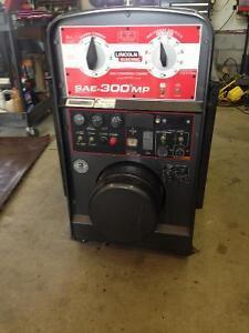 Lincoln Electric SAE-300MP welding machine