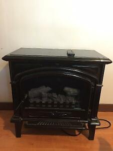PRICE REDUCED-Freestanding Electric Fireplace Style Space Heater