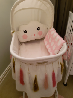Gorgeous Baby Bassinet