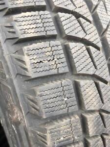 225/45/17 Bridgestone blizzak 10/32