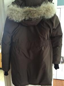 Canada Goose expedition parka sale price - Canada Goose Trillium Parka | Buy & Sell Items, Tickets or Tech in ...