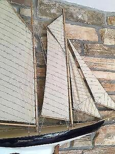 Sailboat decor in like new condition London Ontario image 3