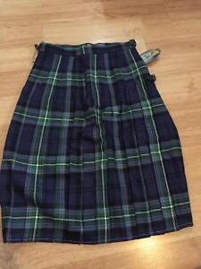New with tags! Plaid kilt - 8 to 16 years