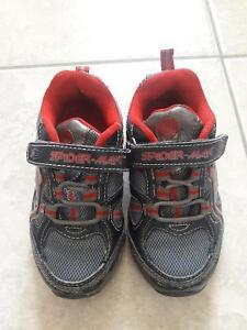 SLIPPER/SANDALS/BOOTS/SHOES FOR TODDLER SIZE8-9 Kitchener / Waterloo Kitchener Area image 6