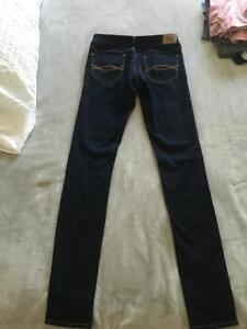 brand new never worn abercrombie and fitch skinny jeans size 2L